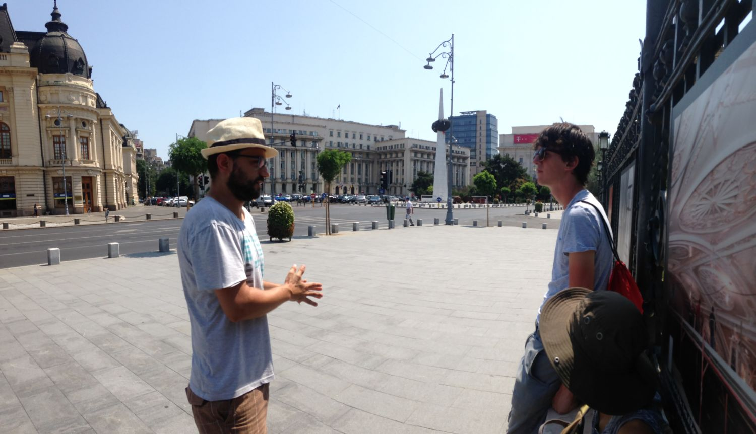 Alternative walking tour experience in Bucharest