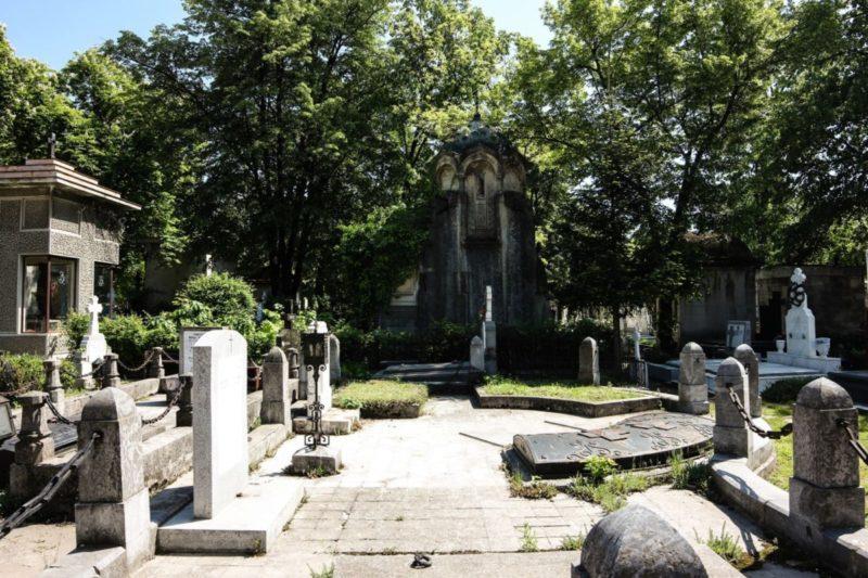 Bellu Cemetery, Darkside Tour
