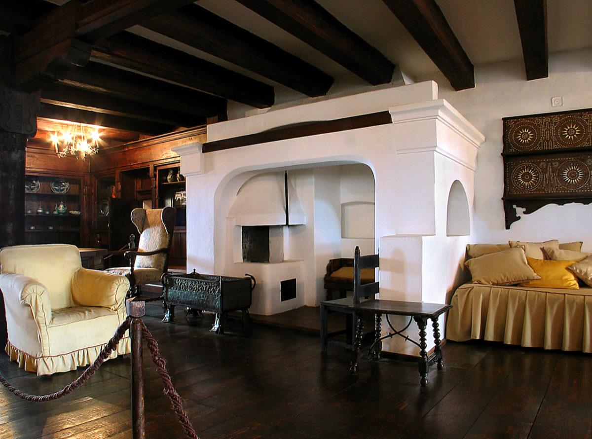 A glimpse inside Bran Castle